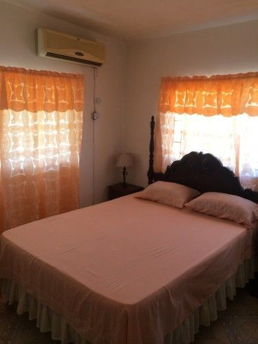 2 Bedroom Apt For Rent In Norbrook Kingston St Andrew Apartments In 2021 Renting A House House Apt For Rent