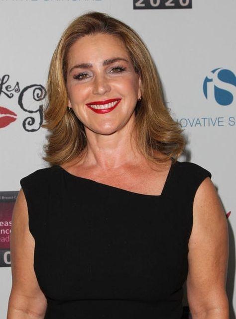 Peri Gilpin Born Peri Kay Oldham May 27 1961 Age 54 In Waco