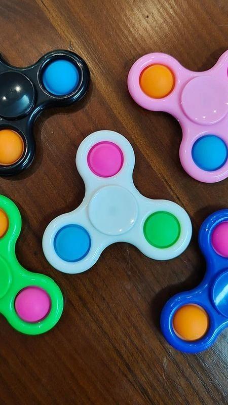 pop it fidget fidget spinner