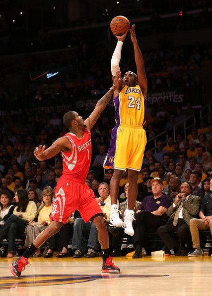 Kobe Bryant Photos Photos Houston Rockets V Los Angeles Lakers In 2020 Kobe Bryant Kobe Bryant 24 Lakers Vs