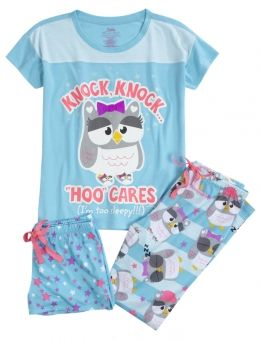 Find the latest in colorful and comfy sleepwear sets for girls at Justice! Shop cute pajamas in tons of fun prints and designs to match her individual style with our collection of sleepwear tops, bottoms, onesies and more.