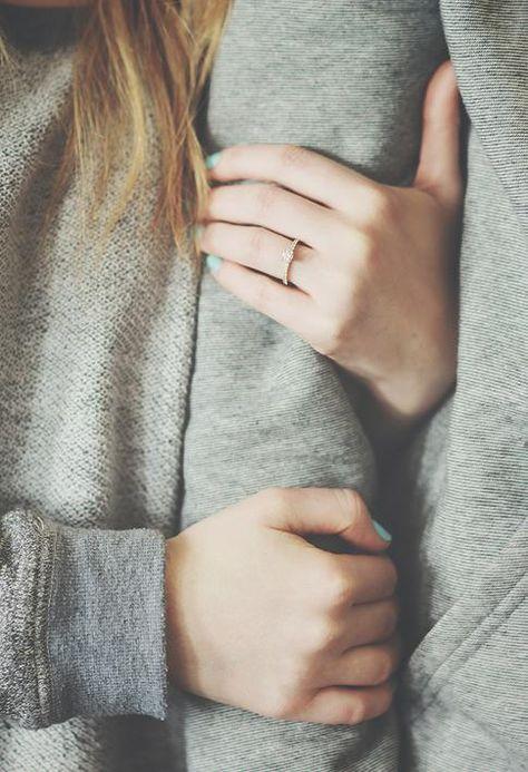 Você é uma estrela cadente, posso te fazer um pedido?  Fica comigo pra sempre? ♡♡♡♡♡