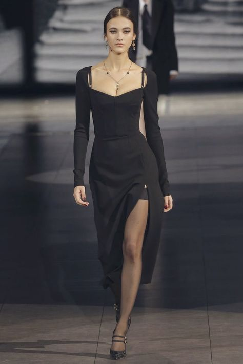 90s Fashion, Couture Fashion, Runway Fashion, Fashion Beauty, Fashion Show, Fashion Dresses, Womens Fashion, Fashion Design, Classy Fashion