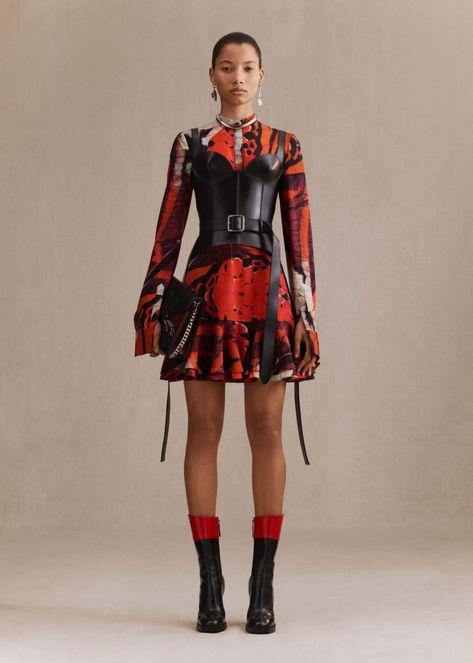 Autumn/Winter Lookbook | Alexander McQueen