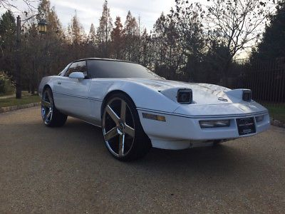 eBay: 1984 Chevrolet Corvette Base Hatchback 2-Door 24