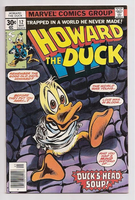 Marvel VF//NM Comics Book Howard the Duck #11 Vol 6