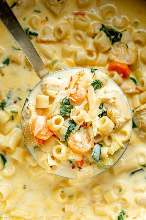 Creamy Chicken Soup Recipe – Nutritious, easy and big on flavor, this delicious chicken pasta soup tastes like you spent all day in the kitchen, but it's done in less than 30 minutes! Chicken Pasta Soup Recipe, Creamy Chicken Pasta, Chicken Recipes, Chicken Soups, Cooking Recipes, Healthy Recipes, Spinach Recipes, Healthy Soup, Meat Recipes
