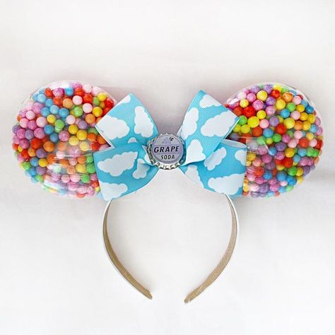 Balloon Mouse Ears Balloon Mouse Ears,Disney These Up Balloon Ears are extremely lightweight and comfortable! They are so bright and fun and feature the grape soda bottle cap. All items are final sale. Disney Diy, Walt Disney, Disney Cruise, Disney Crafts For Kids, Diy Disney Ears, Disney Babies, Disney Ears Headband, Disney Headbands, Ear Headbands