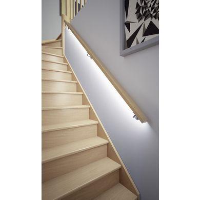 Main Courante Lumineuse En Bois Escaliers En 2020 Main Courante Escalier Interieur Rampe Escalier Bois Et Main Courante