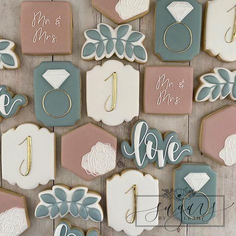 Summer Cookies, Fancy Cookies, Cut Out Cookies, Cute Cookies, Cupcake Cookies, Cupcakes, Sugar Cookie Cakes, Sugar Cookie Royal Icing, Wedding Shower Cookies