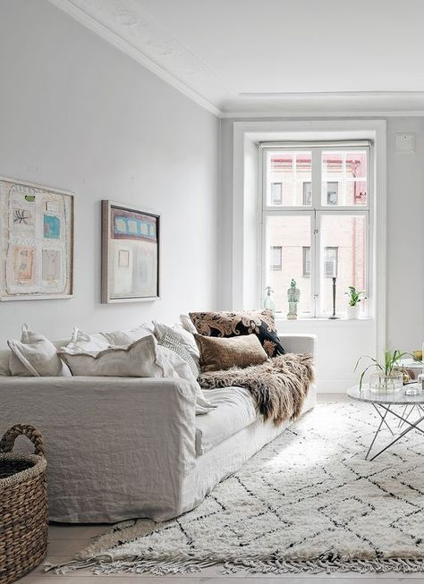 White Scandinavian Style Living Room Grey Walls And White Floors White Linen Sofa With Loads Beige Living Rooms Living Room Scandinavian Living Room White