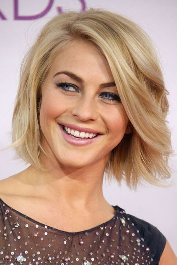 Die Schonsten 30 Julianne Hough Bob Frisuren Frisuren Bob Frisur Julianne Hough Haare