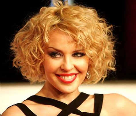 Curly Thick Bob Hair Cut For Round Faces Curly Hairstyle