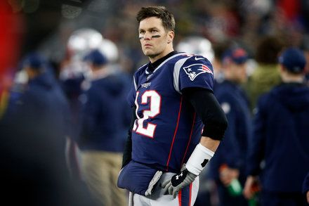 Tom Brady And The Patriots Are Upset By The Titans In A Stunnerblog Bit Ly 2wv6ncl In 2020 Tom Brady Nfl News Patriots