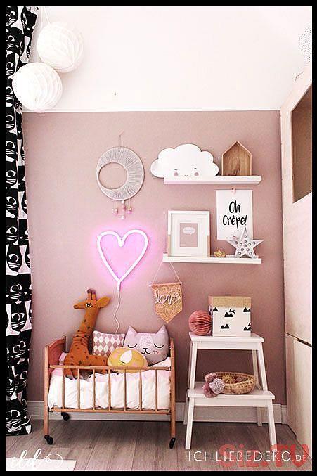 Stilvolles Kinderzimmer Fur Madchen In Dunkelrosa Und Senfgelbem Neonherz Von Litt In 2020 Wandfarbe Kinderzimmer Kinderzimmer Fur Madchen Kinder Zimmer