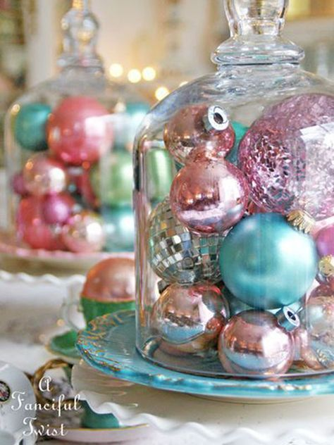 08 shiny pastel ornament display is vintage classics - DigsDigs Retro Christmas Decorations, Vintage Christmas Ornaments, Christmas Centerpieces, Ornaments Ideas, Vintage Pink Christmas, Christmas Displays, Whimsical Christmas, Victorian Christmas, Noel Christmas