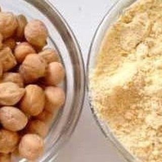فوائد دقيق الحمص يعزز من عمل الجهاز المناعي للجسم يقي الجسم من الأورام السرطانية وذلك لاحتوا Food Vegetables Beans