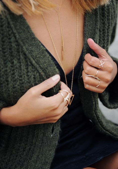 Necklace / Layered / Looks / Bijoux / Idées / Dorée / Collier / Gold / Or / Fashion / Women