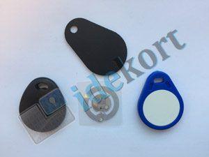Nøglebrikker og RFID tags chip i midten
