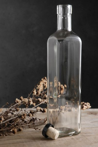 Glass Bottles 10 1 2 Quadra Bartop 500ml Cork Top Included 15 1 2 Ounce 2 59 Each 12 For 1 89 Each Bouteille Cosmetique Emballage