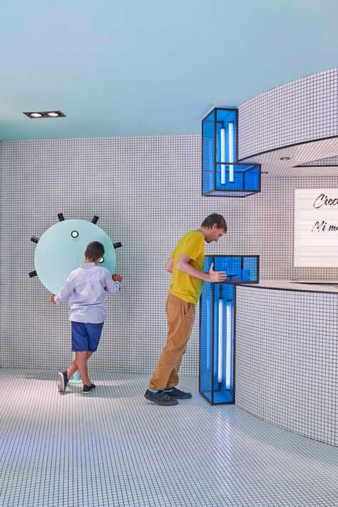 Masquespacio Creates an Interactive Concept Store for RUBIO