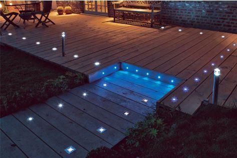 Eclairage De Paysage Led In 2020 Exterior Lighting Deck Designs Backyard Rustic Bathroom Lighting