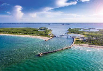 Secret Beaches Of The South In 2020 Southern Beach Driftwood Beach Secret Beach