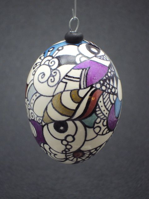 My 1st zentangle egg.