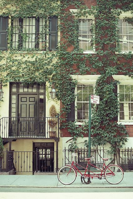 How I heart you, Greenwich Village. Vibrant and gorgeous - NYC treasures, United States.