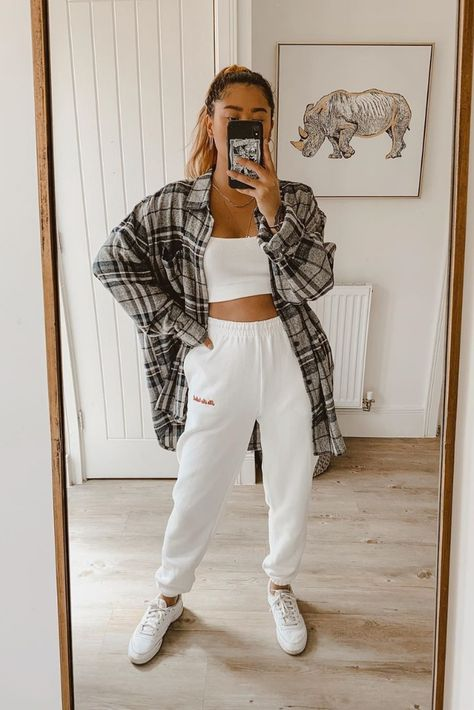 Cute Lazy Outfits, Teenage Outfits, Basic Outfits, Teen Fashion Outfits, Simple Outfits, Girl Outfits, Cropped Top Outfits, Cute Flannel Outfits, Tomboy Fashion