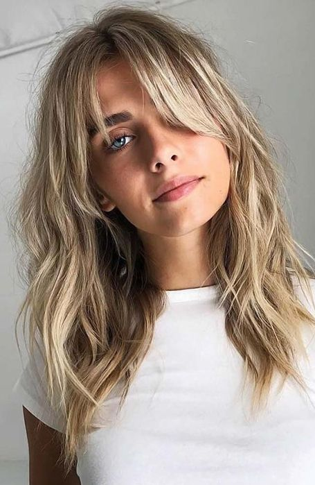 blonde haare frisuren mit pony 23 Beautiful Shoulder Length Hairstyles for Women Frontal Hairstyles, Hairstyles Haircuts, Celebrity Hairstyles, Braided Hairstyles, Wedding Hairstyles, Long Fringe Hairstyles, Hairstyles For Women, Medium Shaggy Hairstyles, Medium Layered Haircuts