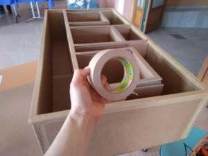 Decoration Et Finition Des Meubles En Carton Les Cartons De Sophie En 2020 Mobilier De Salon Fabriquer Un Canape Carton