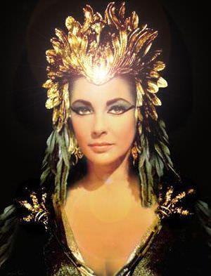 Feathers Elizabeth Taylor Cleopatra Elizabeth Taylor Cleopatra