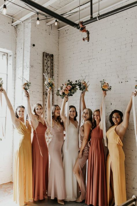 This bridal gang looked absolutely stunning in fresh citrus hues Sunset Wedding, Autumn Wedding, Dream Wedding, Orange Wedding Colors, Yellow Wedding, Vintage Wedding Colors, Orange Bridesmaid Dresses, Beach Wedding Bridesmaid Dresses, Wedding Party Dresses