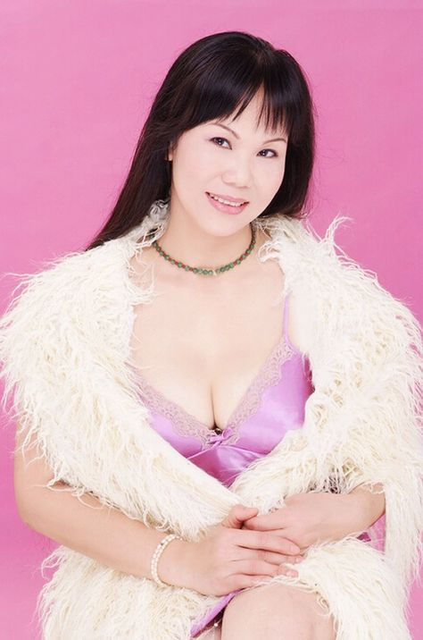 Xueqing (Snow)  Lady's ID  42628  Age43  Birthday23 Aug 1973  Zodiac sign  Virgo  Height  5' 3''(1.60m)  Weight  121 Lbs(55 kg)  Hair Color  Black  Eye Color  Black  Smoke  Non-smoker  Drink  Non-drinker  Occupation  Business Owner  Education  College  Marital Status  Divorced  English Spoke  basic  Religion  Other  Children  No  Plans Children  Yes  Residence  Foshan China  Interests:  My hobbies are skiing cooking making tea watching the news and reading.  Self-Description:  I am a mature…