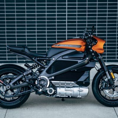 2020 Harley Davidson Livewire Design Is A Touch Busier Than The Prototypes But It Still Looks Great Harley Davidson Electric Motorcycle Harley Harley davidson livewire hd wallpaper