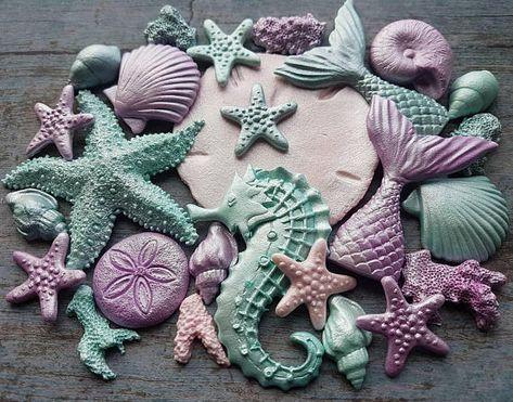 Seahorses /& Mermaid Tails Cake Decorations Edible Seashells