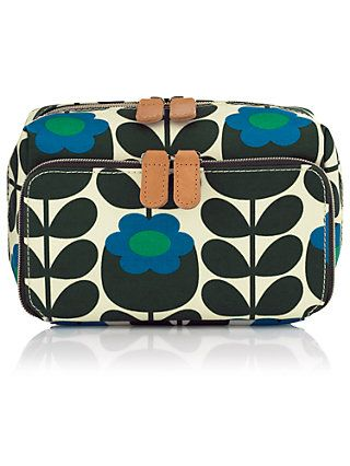 Orla Kiely Weekender Bag Toiletrieake Up Essentials On A Long Wekeend Tripconvenient Carrying Full Zip Closure And Compartments