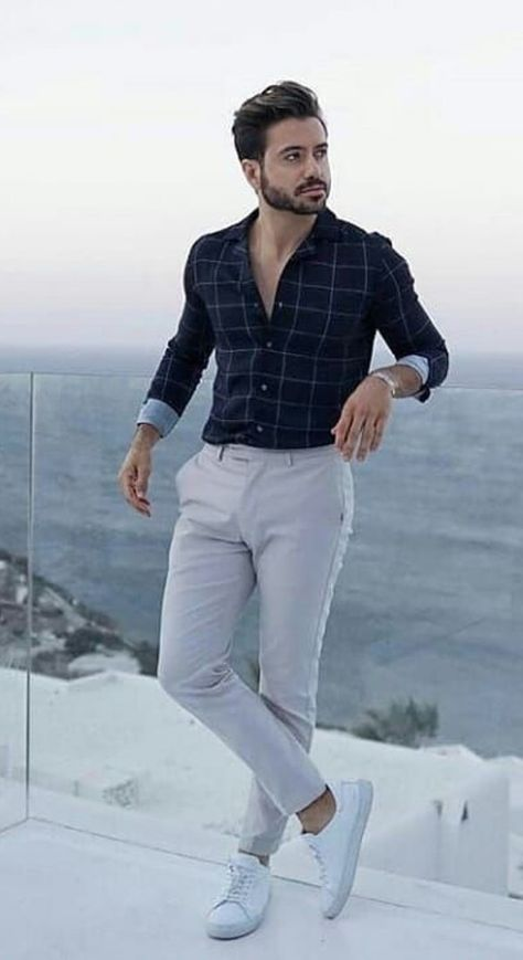 Some common fashion mistakes that most men make