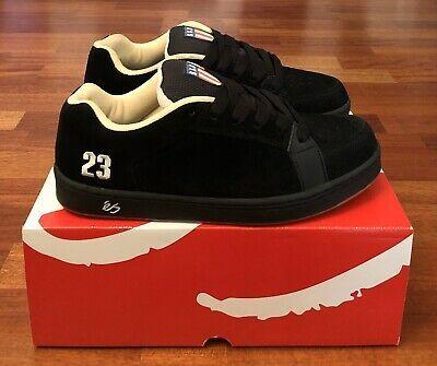 eS Sal White//Gum Shoe