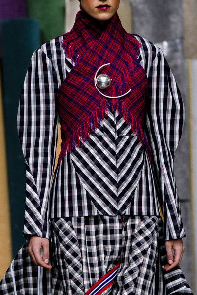 Richard Malone, Fall 2018 - The Most Colorful Runway Details From London Fashion Week, Fall 2018 - Photos