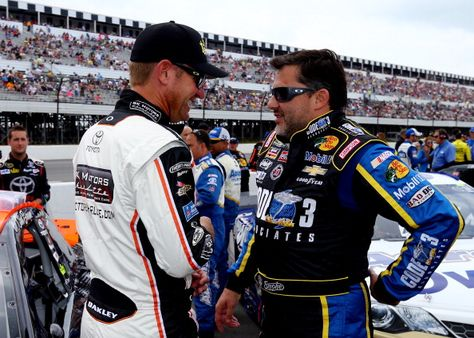 Tony Stewart and Clint Bowyer chat before the start of the GoBowling.com 400 at Pocono Raceway. View more photos from Pocono here: http://www.stewarthaasracing.com/media/gallery/index.php