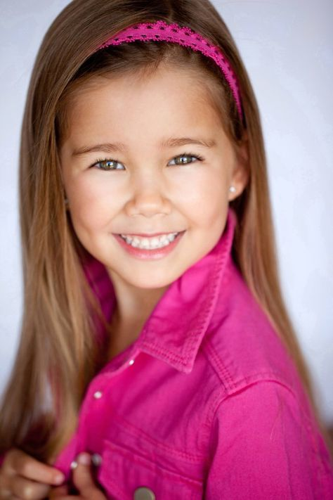 Brooklyn Silzer (Emma Scorpio-Drake on General Hospital) seriously the cutest little girl ever!!!<3