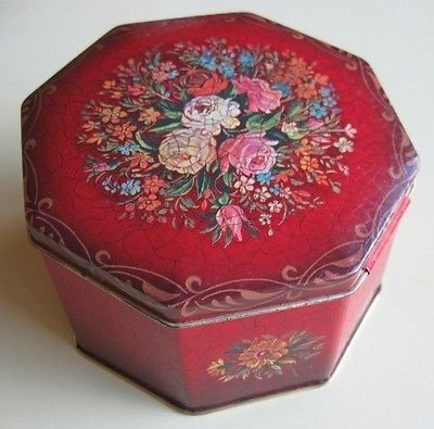 Peek /& Co Octagon English Tea Tin Featuring Oriental Women and Pagodas Frean