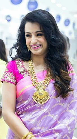 Trisha Krishnan Height Feet Weight 2018 Age Body Measurements Dress Shoe Waist Sizes - Entertainment World