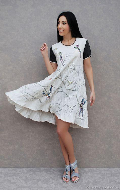 7591e322306 Уникальное платье с вышивкой и росписью