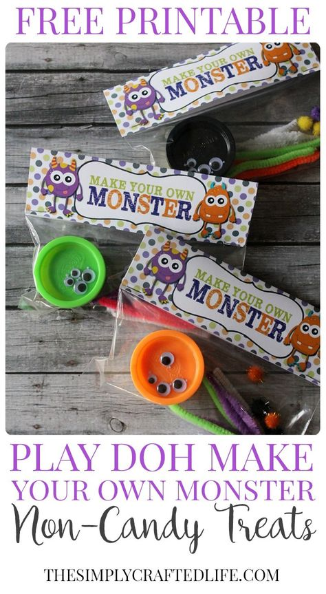 Halloween Play-Doh Monster Kits w/ Free Printable These adorable little Halloween Play Doh Monster Kits are the perfect treat for the classroom this October – or make them up as favors for a Monster Birthday Party! Halloween Class Treats, Halloween Goodie Bags, Halloween Favors, Halloween Goodies, Halloween Birthday, Halloween Fun, Halloween Decorations, Halloween Printable, Haunted Halloween