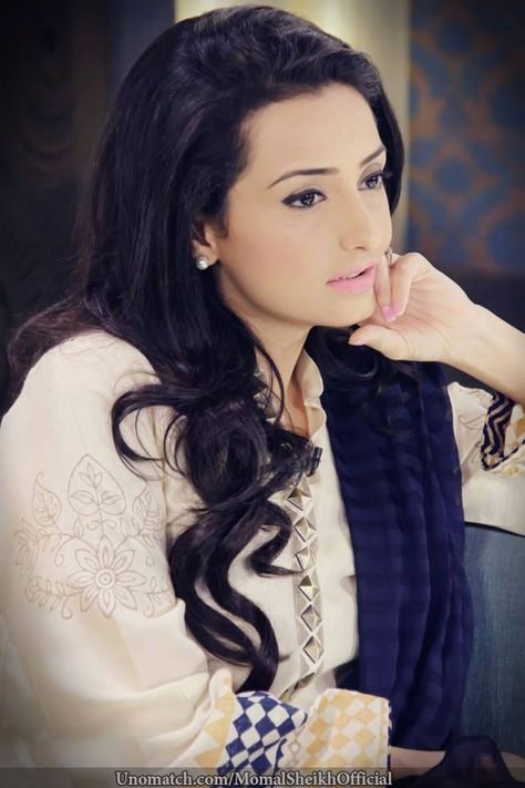 Momal Sheikh: Age, Education, Family, Father, Brother, Husband ...