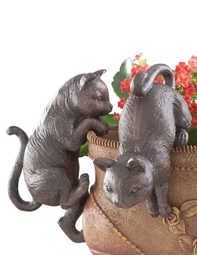 Victorian Trading Co 2 Playful Kitten Cat Flower Pot Sitters