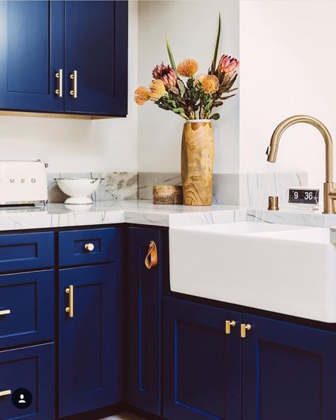 unprejudiced kitchen cabinet ideasclean, streamlined, and totally unencumberedwill have enough money any atmosphere a roomy and orderly appeal. #modernkitchencabinetswhite